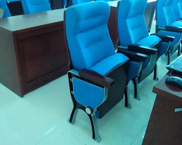Loại ghế được lắp đặt tại hội trường sân bay không chỉ có chất lượng tốt mà còn đảm bảo được yếu tố sang trọng, lịch sự