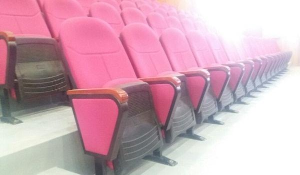 Mẫu ghế được lắp đặt trong hội trường Trung tâm văn hóa các tỉnh Đông Bắc