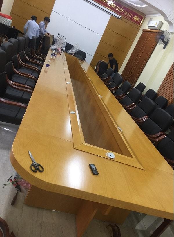 Phòng họp Sở GTVT tỉnh Thanh Hóa khi sắp hoàn thành