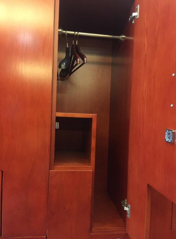 Tủ đựng đồ được thiết kế thông minh để việc lưu trữ đồ được thuận tiện