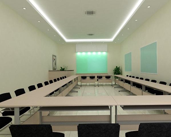 Phòng đào tạo sắp xếp bàn theo dạng quây