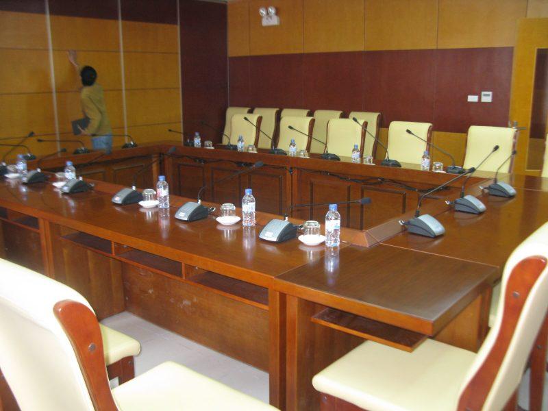 Không gian phòng họp công ty xây lắp điện nước PCC1