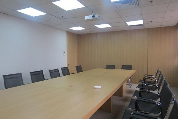 Phòng họp công ty Thương mại Hải Âu