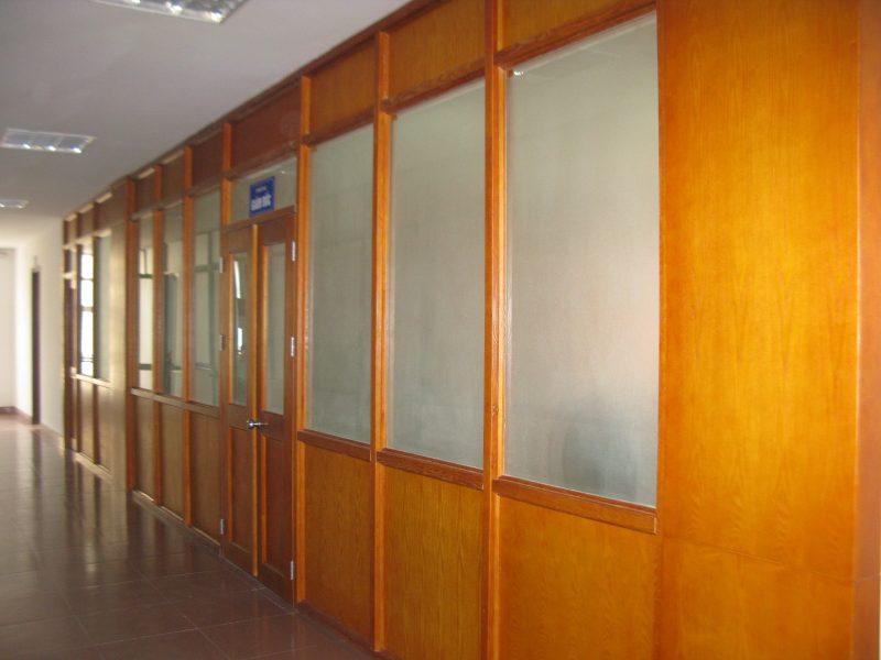 Vách ngăn lửng được lắp đặt tại công ty CP xi măng Thăng Long