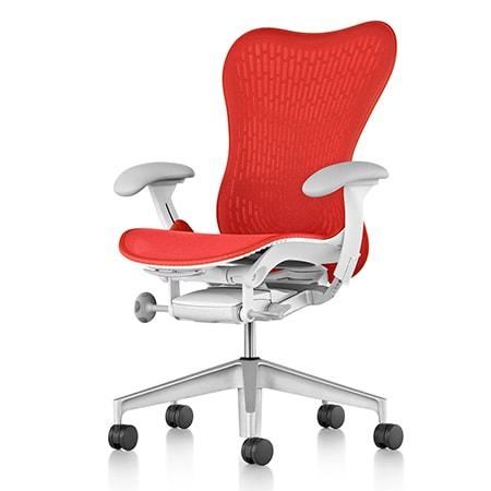 Một chiếc ghế đỏ rất hợp với giám đốc mệnh Hỏa