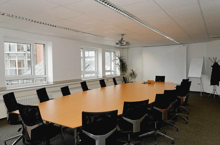 Tính toán lựa chọn nội thất cho phòng họp trường học