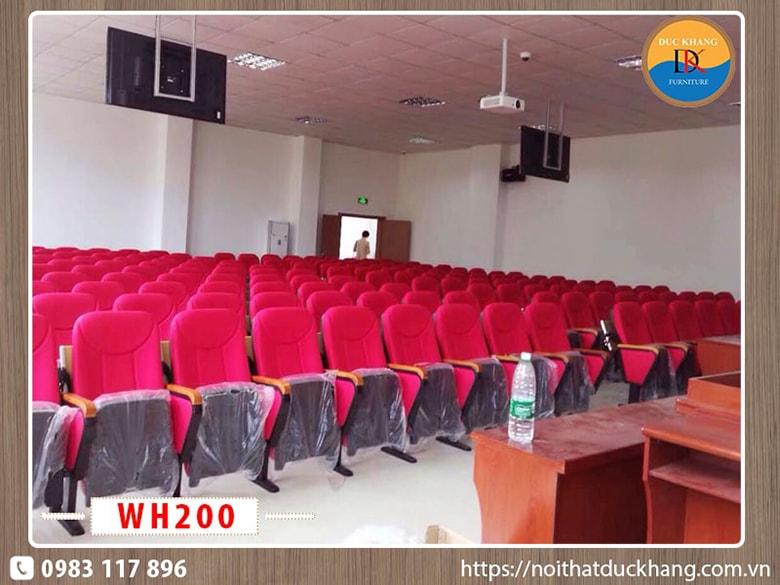 Hội trường 200 chỗ ngồi sử dụng ghế hội trường Hòa Phát giá rẻ