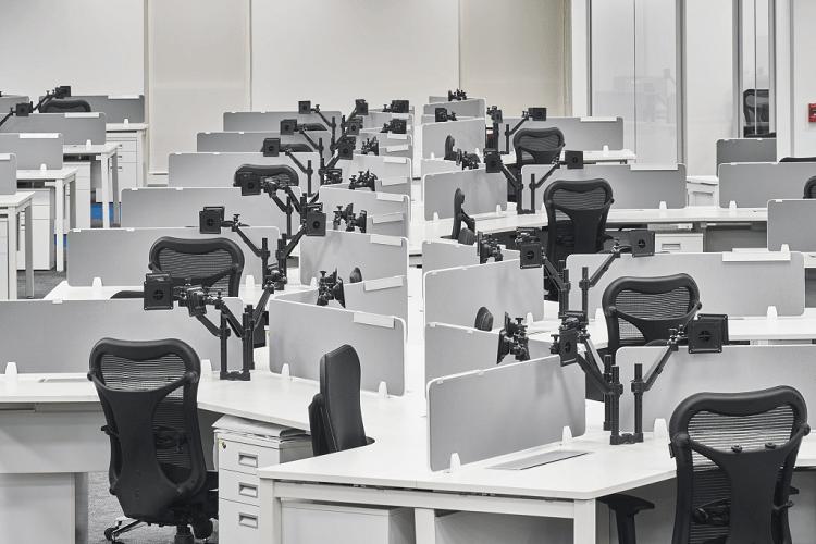 Tối ưu hóa không gian làm việc với bàn làm việc