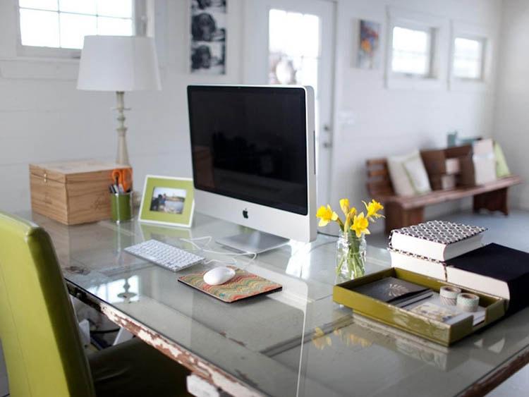 Sức hút lớn từ bàn làm việc ấn tượng
