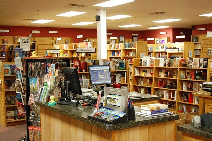 Cửa hàng văn phòng phẩm càng ấn tượng càng thu hút được khách hàng