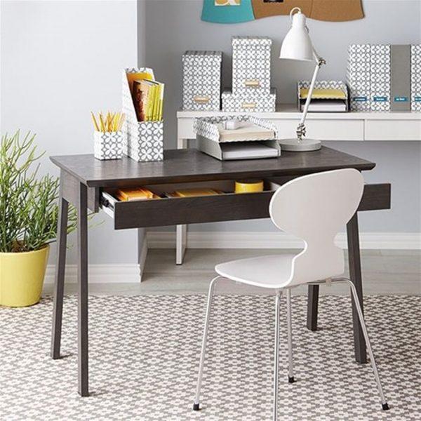 Phòng làm việc tại nhà nên chọn nội thất đơn giản